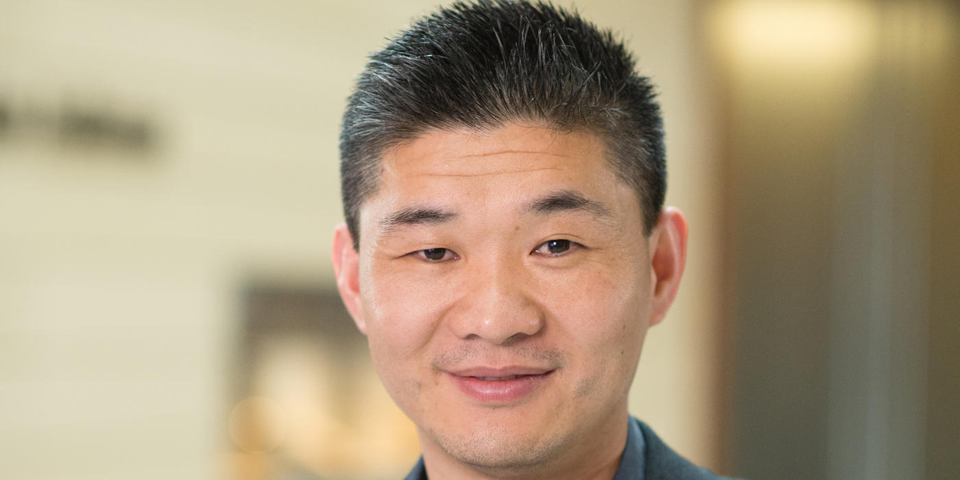 Rugang Zhang