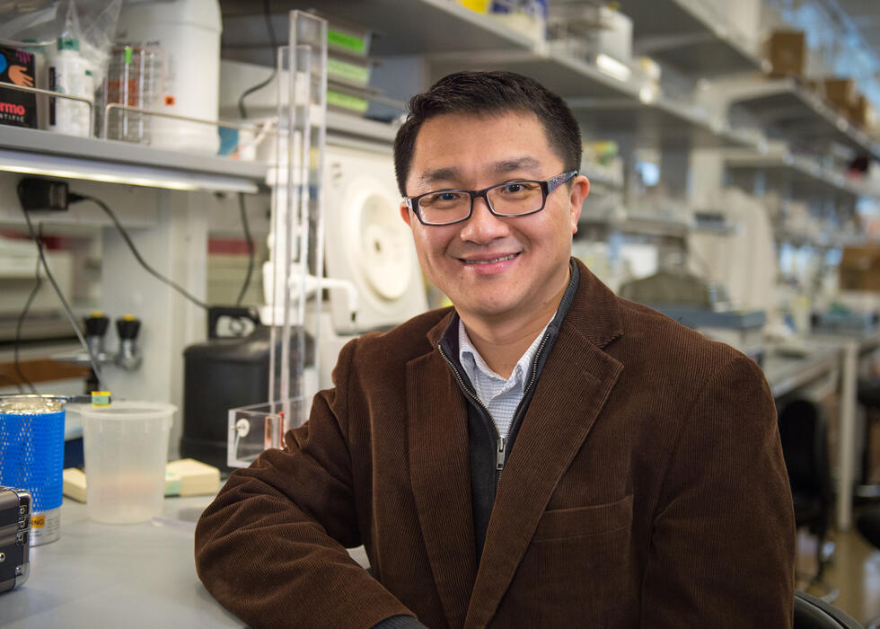 Dr. Andrew Hu